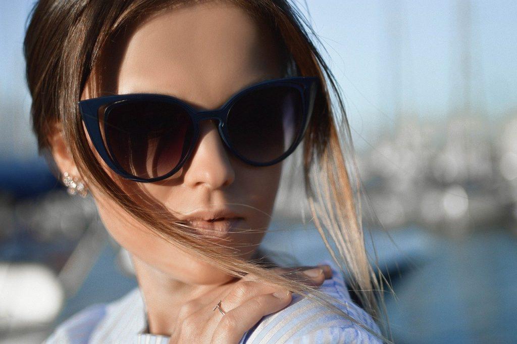 Utiliza gafas de sol homologadas para nuestros ojos